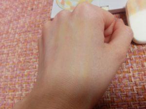 ポーラ【ディエムクルール】ファンデーションひと塗り